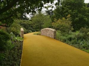La strada lastricata d'oro