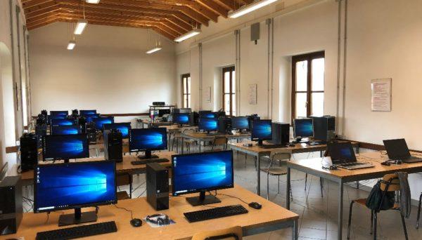 L'aula informatica dell'istituto