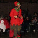 Folletta Benedetta cerca Babbo Natale